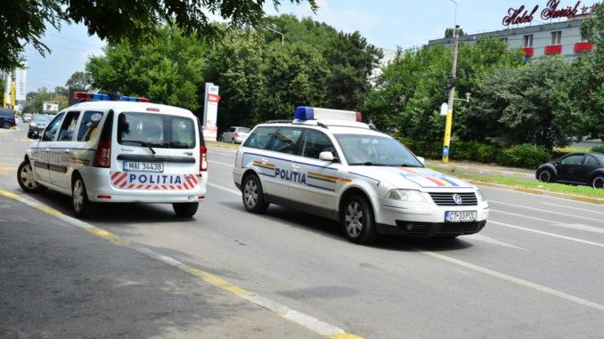 Poliția rutieră, la datorie. FOTO Cătălin Schipor