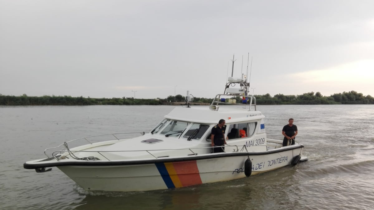 politia de frontiera nava ambarcatiune