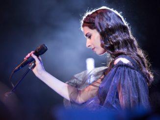 Alexandra Ușurelu cântă la Tulcea. FOTO Vali Greceanu