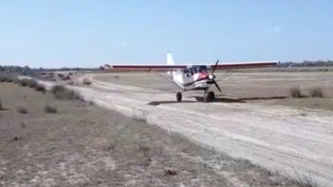 Avion care decolează de la Sfântu Gheorghe, în Delta Dunării. FOTO Captură video