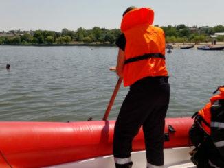 Cadavrul unei femei a fost observat plutind, pe lacul Ciuperca