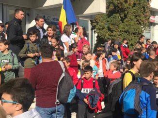 Copiii din județul Tulcea au ajuns la meciul România - Norvegia. FOTO AJF Tulcea