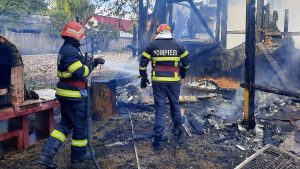 pensiune, Tulcea,, incendiu, pompieri, foc