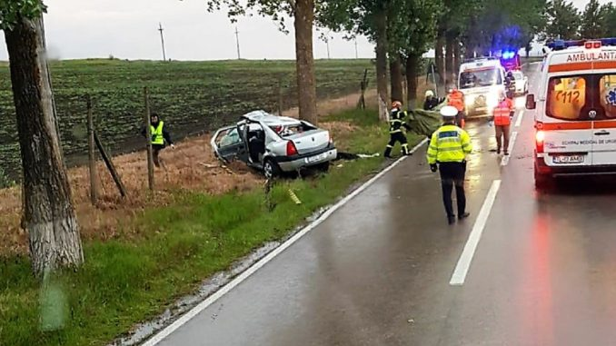 O adolescentă de 16 ani a murit într-un accident rutier produs între localitățile Tulcea și Agighiol. FOTO ISU Delta