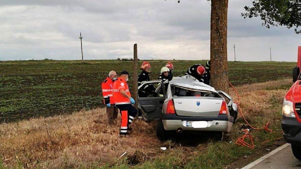 O adolescentă de 16 ani a murit într-un accident rutier produs între localitățile Tulcea și Agighiol. FOTO IPJ Tulcea