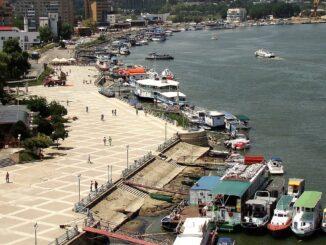De la 1 iulie poate începe reabilitarea falezei și a portului Tulcea. FOTO CJ Tulcea