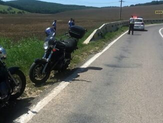 Motociclist rănit ușor după ce s-a lovit de un parapet, pe DN22 F. FOTO IPJ Tulcea
